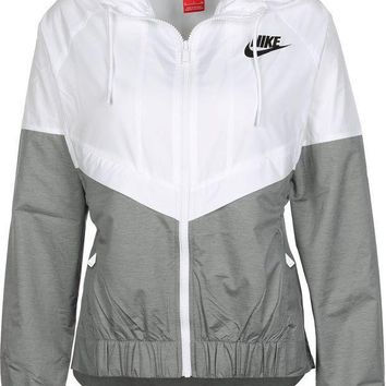 Nike Fashion Hooded Windbreaker Jacket