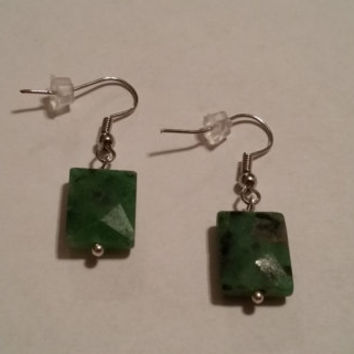 green faceted earrings, green earrings, green dangle earrings, faceted jewelry, handmade jewelry, gifts for her, gift ideas, women earrings