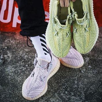 Adidas Yeezy Boost 350 V2 tide brand men and women models wild personality sports shoes