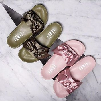 Puma Rihanna Leadcat Fenty Solid Color Bow Sandals Shoes