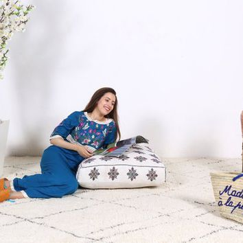 Moroccan pouf, Tribal pillow, Moroccan pouffe, Moroccan rug pouf, rug pouf, Pillows, Living room pillow, Handmade pouf, Handmade pillow