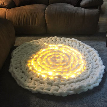AREA RUG, Circular rug,Super Bulky Merino Rug, Arm Crochet rug with lights