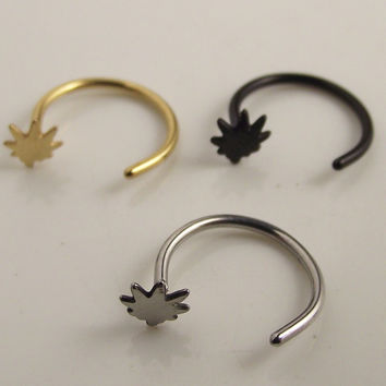 1 Piece Free shipping 8mm Gold Maple Leaf Hoop Nose Ring Love Leaves Fake Nose Rings Body Piercing Jewelry Stainless Steel