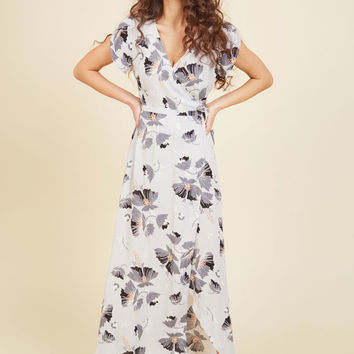 It's a Long Flowy Maxi Dress | Mod Retro Vintage Dresses | ModCloth.com