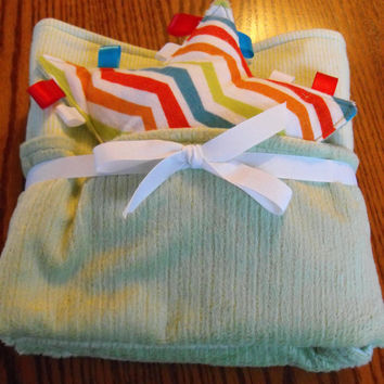 Reversible large size minky and flannel blanket, light green stripe with chevron taggie toy, nursery bedding, baby blanket, minky flannel