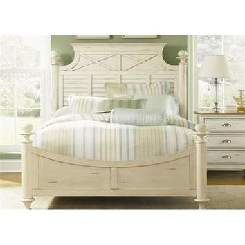 Liberty Furniture Ocean Isle Poster Bed in Bisque with Natural Pine Finish