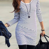 Stylish Scoop Neck Striped Long Sleeve Dress