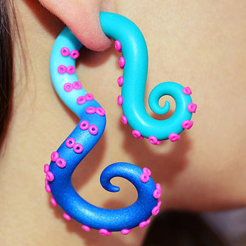 Color Fade Tentacle Ear Plug and Fake Plug, Fake Gauge Earrings, Octopus Tentacle Earrings, Tentacle Gauge, Faux Gauge