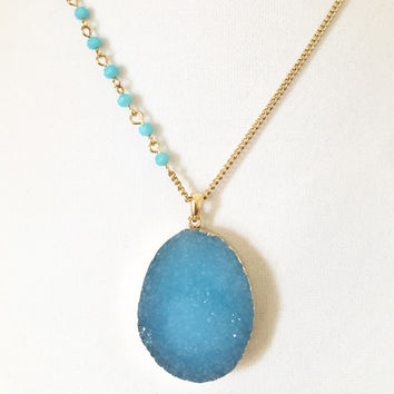 Turquoise Stone Pendant Necklace/Earrings Set
