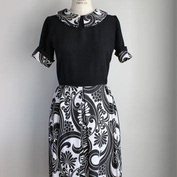 Vintage 1950s Black and White Dress with Peter Pan Collar