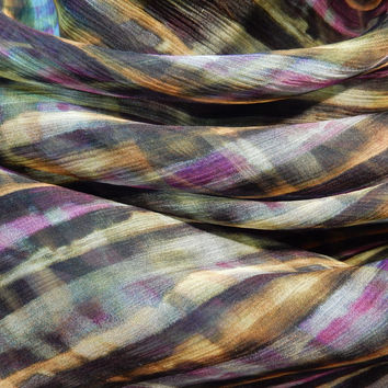 Liberty Art Fabrics Bloomsbury Crinkle Georgette Silk Solsetur in Purple and Mustard per Half Yard