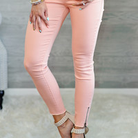 * Cassidy Skinny Jean With Zipper Detail : Peach