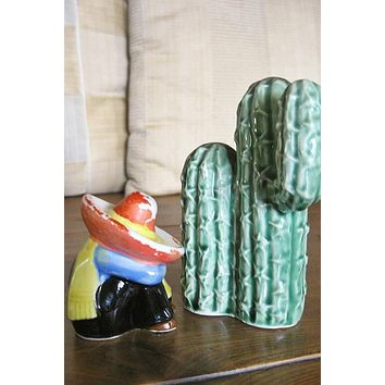 Vintage 1970s Cactus + Salt/Pepper Shakers