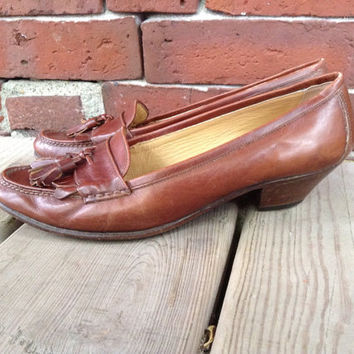 COLE HAAN Italian Leather tassel loafer by DreamingTreeVintage