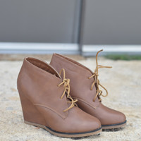 The Caroline Wedge by Nature Breeze {Tan}