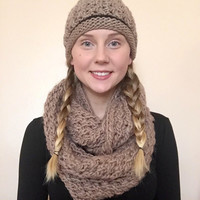 Chunky & Super Soft Infinity Scarf With Hat To Match • Wool/Acrylic Blend • Oversized Scarf • Beanie Cap • Knit Scarf • Knit Hat • COMBO •