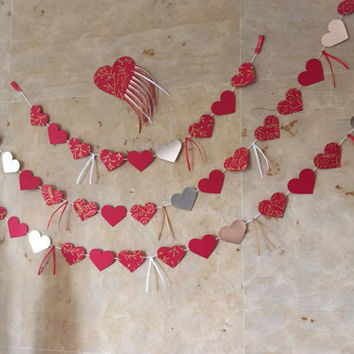 Love is in the air...San Valentines garland, Wedding Garland,Paper garland,Photo Shoot, Valentines day decore