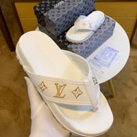 Louis Vuitton LV Fashion casual shoes with thick soles