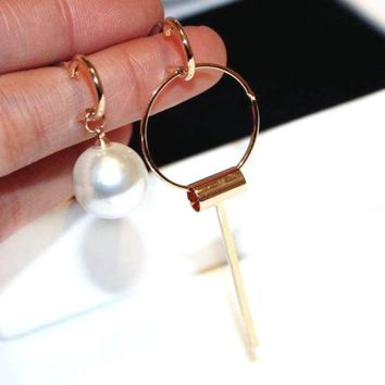 Asymmetric Simulated Pearl To Dangle Hoop Earrings