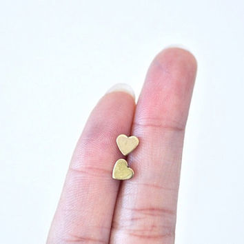 Tiny Heart Ear Posts Gold by DobleEle on Etsy
