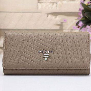 ONETOW CHANEL Women Fashion Leather Buckle Wallet Purse G-MYJSY-BB