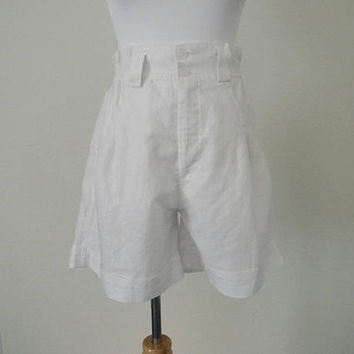 FREE usa SHIPPING 1980's  vintage high waist pleated shorts cotton polyester size M