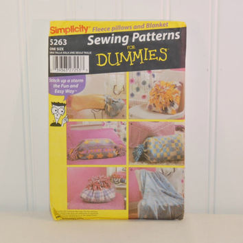 Simplicity 5263, Sewing Patterns For Dummies, Fleece Pillows and Blanket (c. 2003) College, High School, Middle School Gift, Easy Sewing