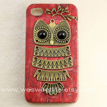Iphone 4 case, Iphone 4s Case, Iphone Case, Iphone 4 cases, Vintage style Owl with Brass Branch Hard Case Cover