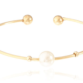 Goldtone Semi-Precious Ball Ended Arm Cuff with Centered Simulated Pearl (Cream)