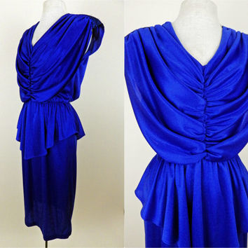 Vintage 70s Shiny Blue Disco Dress // Shimmer Shoulders // Elastic Waist // Knee Length Polyester // Medium