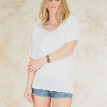 IVORY KEEP IT CASUAL SHORT SLEEVE TOP