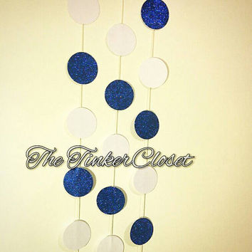 Paper garland, circle paper garland, blue and white garland, wedding decor, party decor, birthday decor, new years eve decor, blue and white