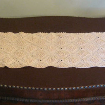 Vintage Table Runner, Ecru Crochet Dresser Scarf, 29 x 8 Crochet Doily, Rectangular Table Runner, Ecru Crochet Centerpiece, Vintage Linens