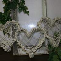 Wedding decor / wedding table decorations / rustic wedding / hearts / southern weddings / DIY
