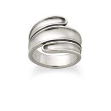 Rolling Wave Ring | James Avery