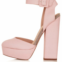 SHELLY Pink Cutout Platform