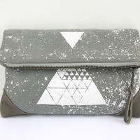 Geometrical Printed Leahter and Canvas Pouch / Gray Fold Over Clutch / Triangle Purse / Urban Style