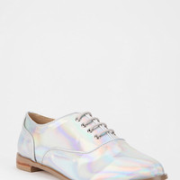 Deena & Ozzy Electro Holographic Oxford | Urban Outfitters
