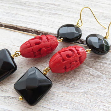 Cinnabar earrings, oriental earrings, black onyx earrings, red carved earrings, dangle earrings, gemstone jewelry, italian jewelry, gioielli