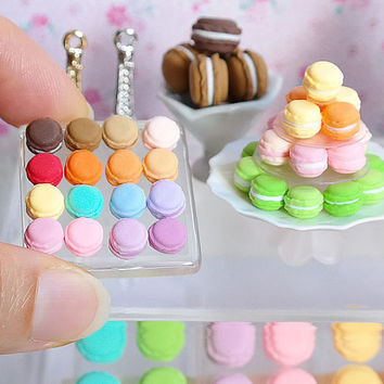 Miniature Macaron, Sweets, Pastry, Fake Food, Glass tray, Doll, Kawaii, Cute, Cake, Blythe, Petit, small, tiny, mini, topper, decor, 1:12