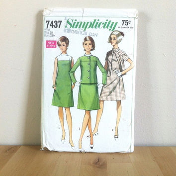 Simplicity 7437 Misses' A Line Dress and Jacket {1960s} Vintage Sewing Pattern
