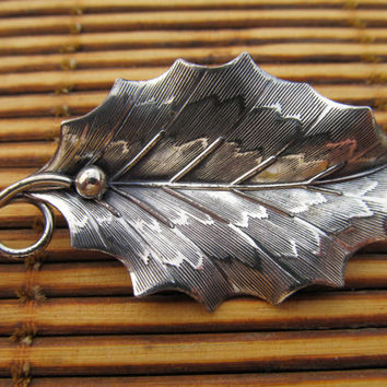 BEAU Sterling Leaf Pin