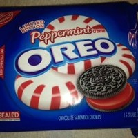 Oreo Peppermint Creme Chocolate Sandwich Cookies Limited Edition - 4 Pack