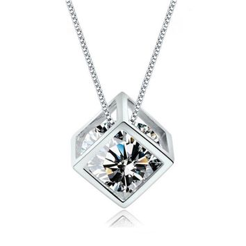 Crystal From Swarovski Pendant Ladies Exquisite gold nPlated Rubik's Cube Necklace Sweet Alhambra VCA Jewelry For Women