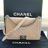 Chanel boy bag medium 2016 Light Pink/beige