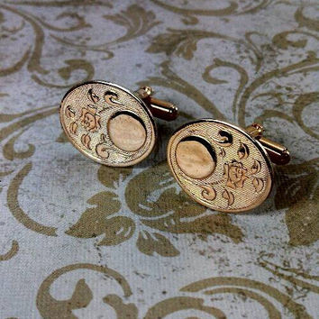 Floral rose pattern oval gold wash cufflinks etched pattern. Romantic!