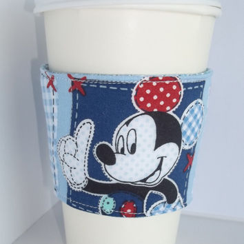 Mickey Mouse Disney Coffee cozy drink sleeve insulated fabric quilted reusable with Insul bright lining.