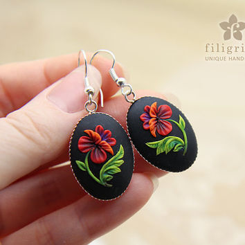 GORGEOUS POPPY oval earrings, floral motif in silver tone metal bezel, polymer clay filigree technique.Vintage looking gift, wearable art