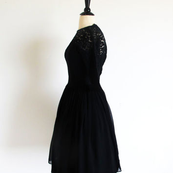 Vintage 50s Black Dress, 1950 Chiffon and Lace Cocktail Dress, Full Skirt Party Dress, Old Hollywood Classic Dress