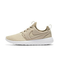 The Nike Roshe Two SE Women's Shoe.